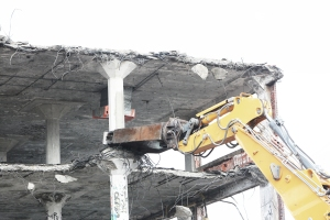 2014-10-Life-of-Pix-free-stock-photos-city-building-demolition-site-leeroy (1)